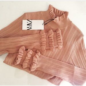 GORGEOUS ZARA NWT Knitted Ruffles Sleeve Top